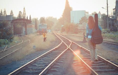 《没有梦想,更应远行》